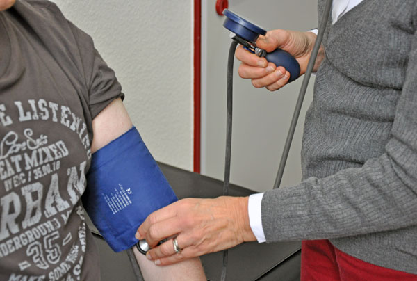 Diagnostik Langzeit-Blutdruckmessung
